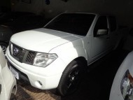 Nissan Frontier XE 2.5 4x4 Cabine Dupla